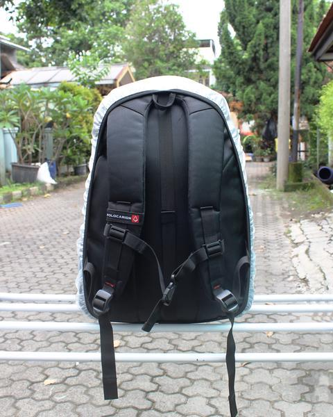 sarung tas anti air